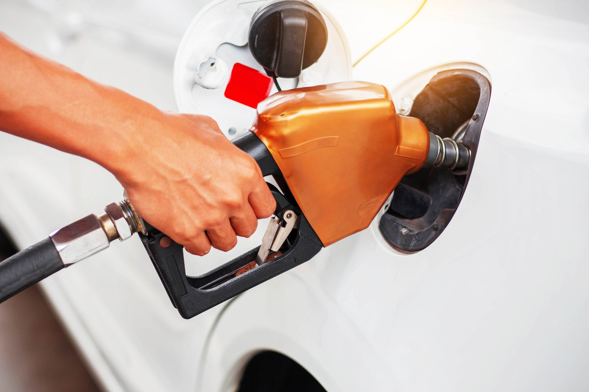 Handle fuel in the car
